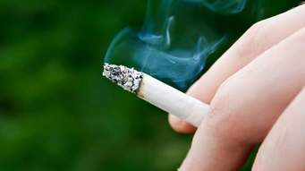 How does smoking affect my teeth?